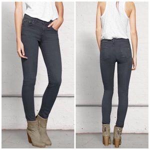 rag & bone NWOT Skinny Jean Distressed Charcoal 26